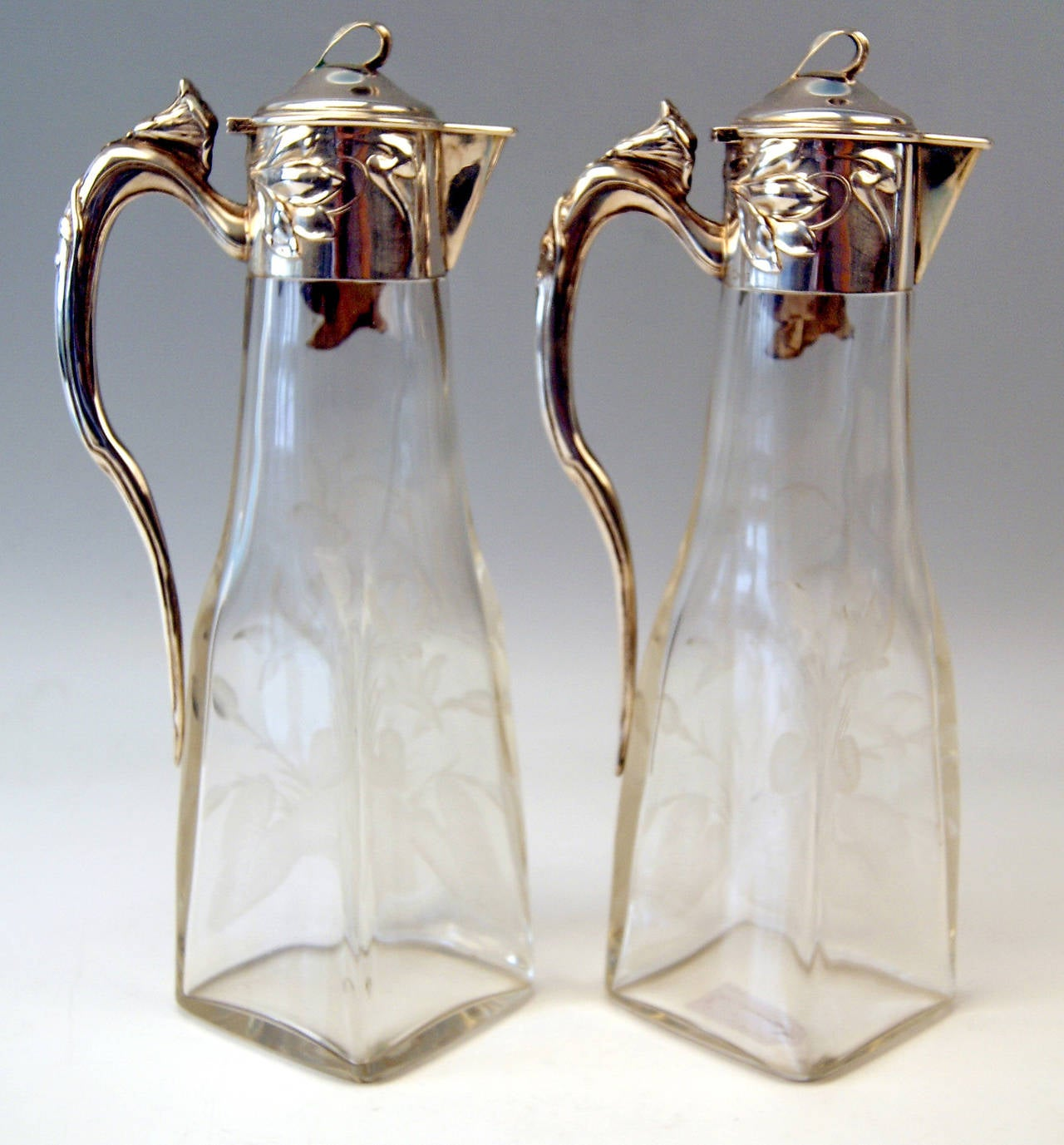 Silver Art Nouveau German Pair of Glass Decanters by Otto Wolter, circa 1900 2