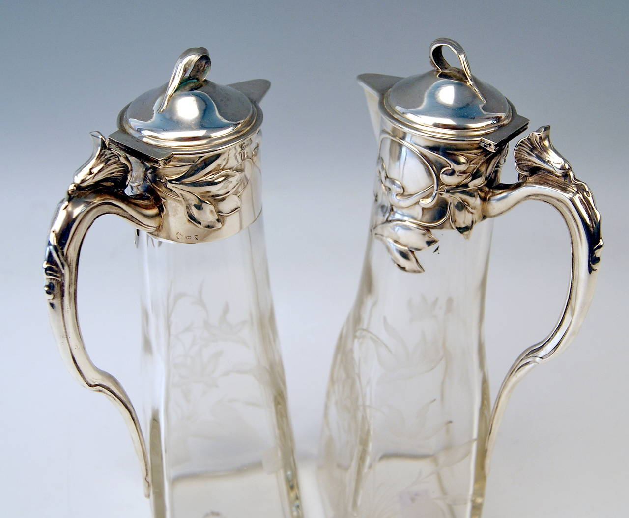 Silver Art Nouveau German Pair of Glass Decanters by Otto Wolter, circa 1900 4