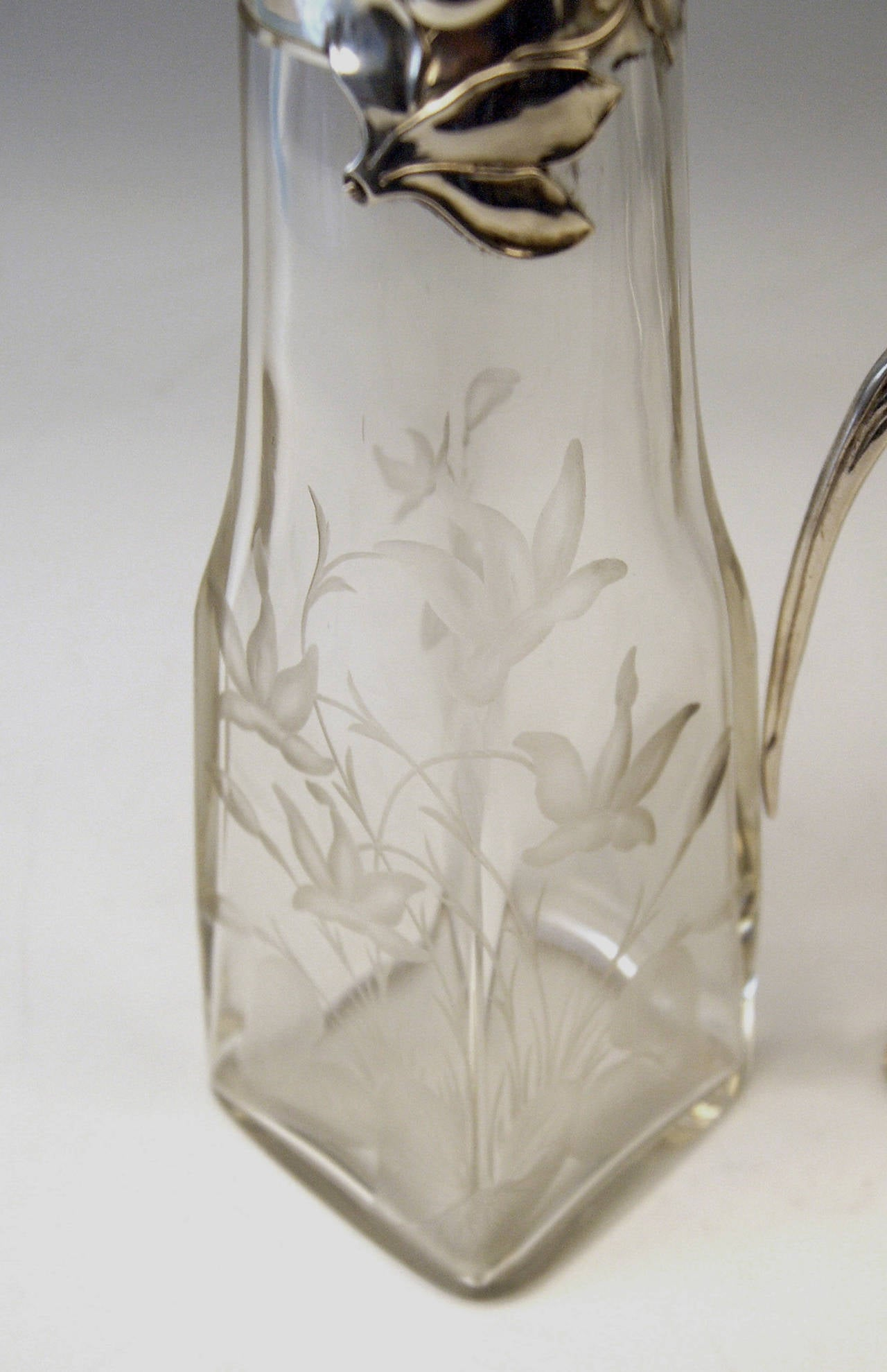 Silver Art Nouveau German Pair of Glass Decanters by Otto Wolter, circa 1900 5