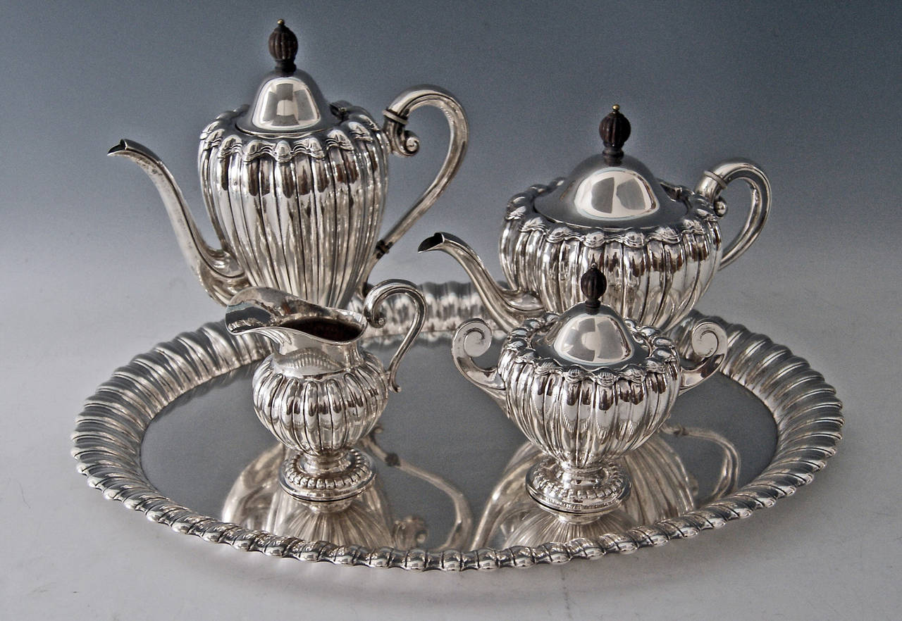 Silver Art Deco Coffee Tea Set Made by Wilkens, Germany, circa 1918 In Excellent Condition For Sale In Vienna, AT