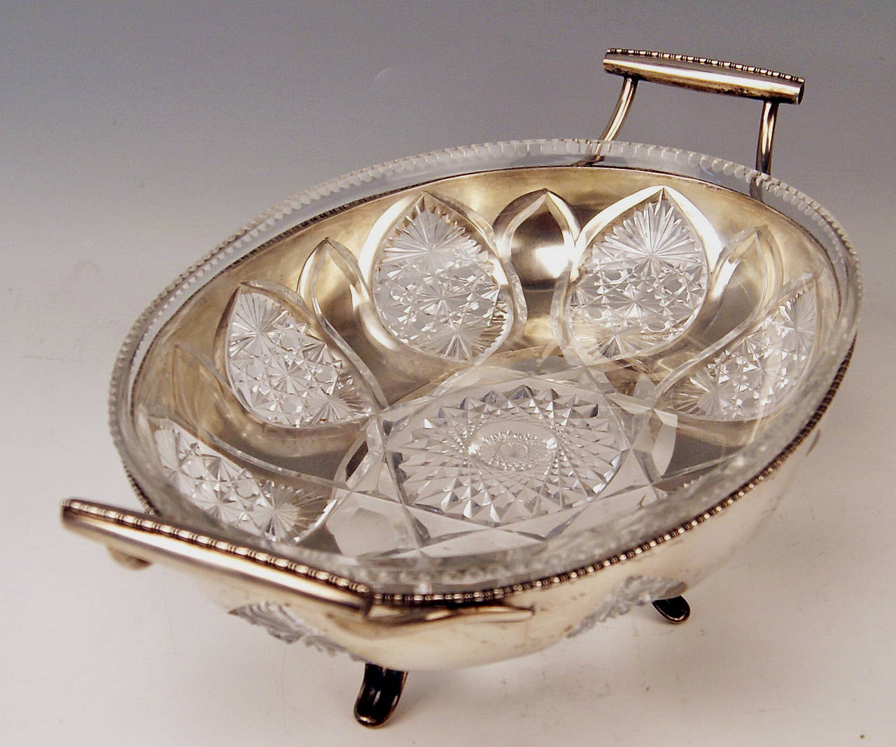 Silver Austrian Huge Bowl Glass Liner, circa 1900-1910 In Excellent Condition For Sale In Vienna, AT