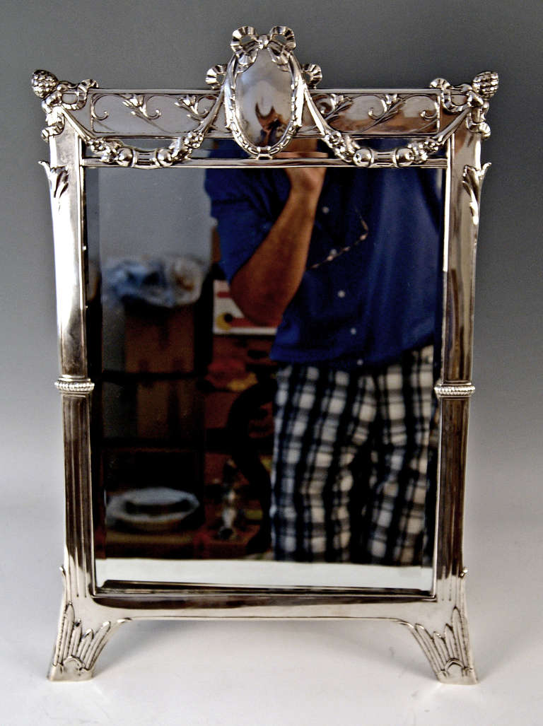 Silver Austrian Art Nouveau Tall Mirror By E. Friedmann, circa 1905 In Excellent Condition For Sale In Vienna, AT