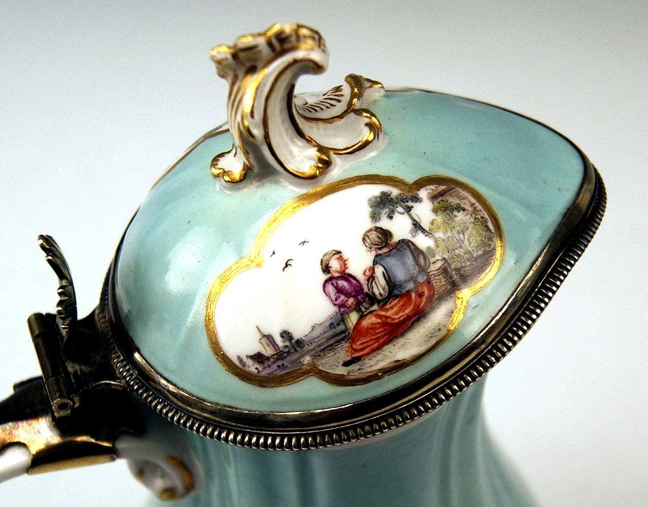 18th Century Meissen Lidded Coffee Pot Rococo Period, Made circa 1750 For Sale