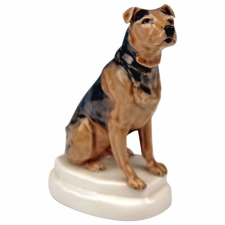 Meissen Lovely Dog Figurine Terrier by Paul Walther made c. 1935 For Sale