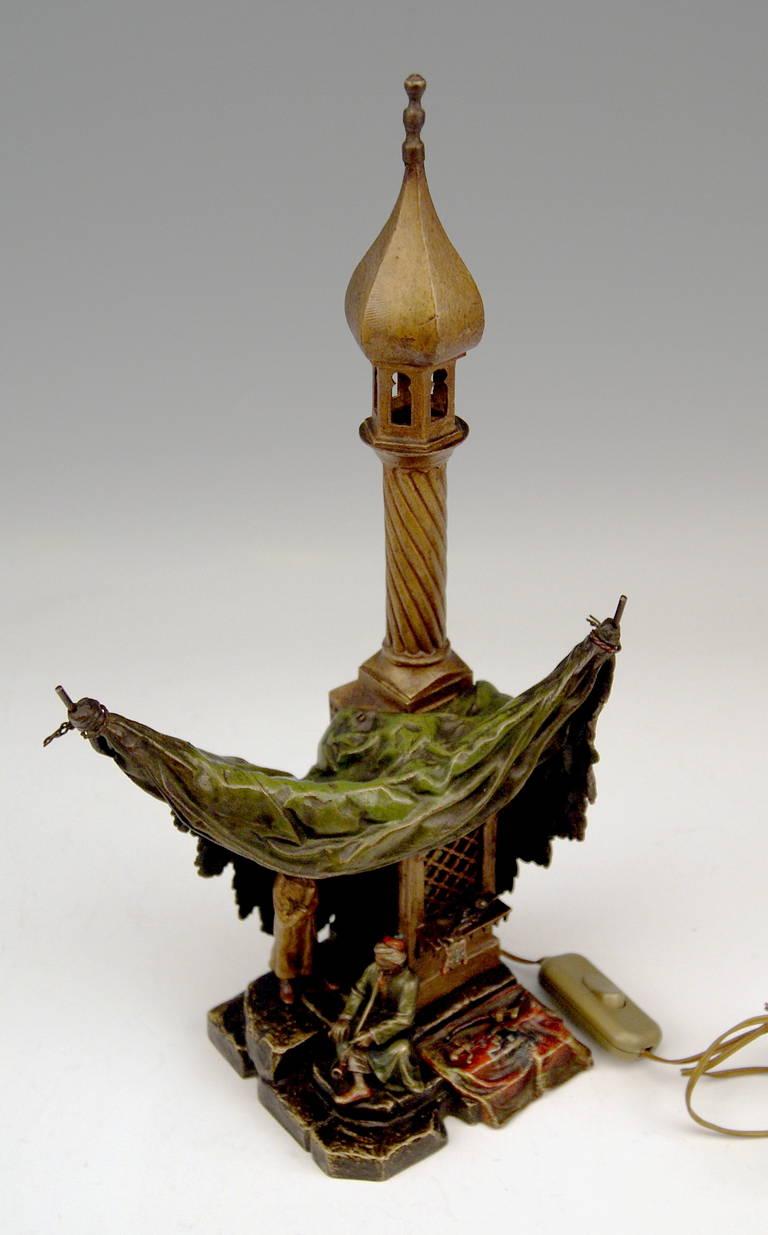 Vienna Bronze Table Lamp Vintage by Franz Bergman Smoking Arab Man, circa 1890 For Sale 3