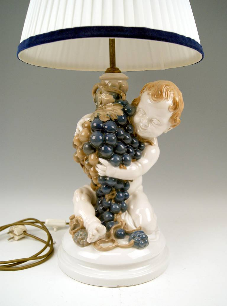 Rosenthal Germany Huge Cherub Table Lamp by Constantin Holzer-Defanti circa 1920 In Excellent Condition For Sale In Vienna, AT