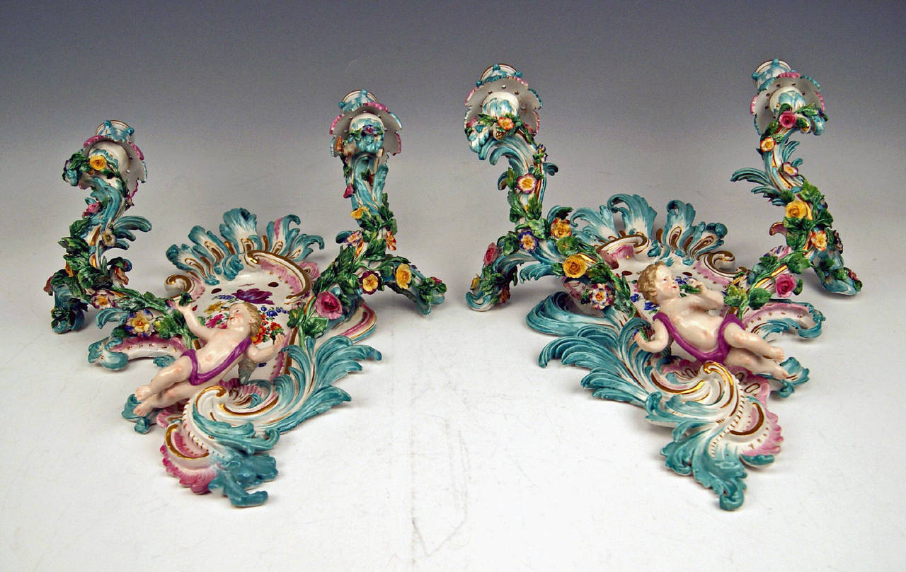 German Meissen Pair of Sconces Flowers and Cherubs Vintage Made, circa 1860-1870 For Sale