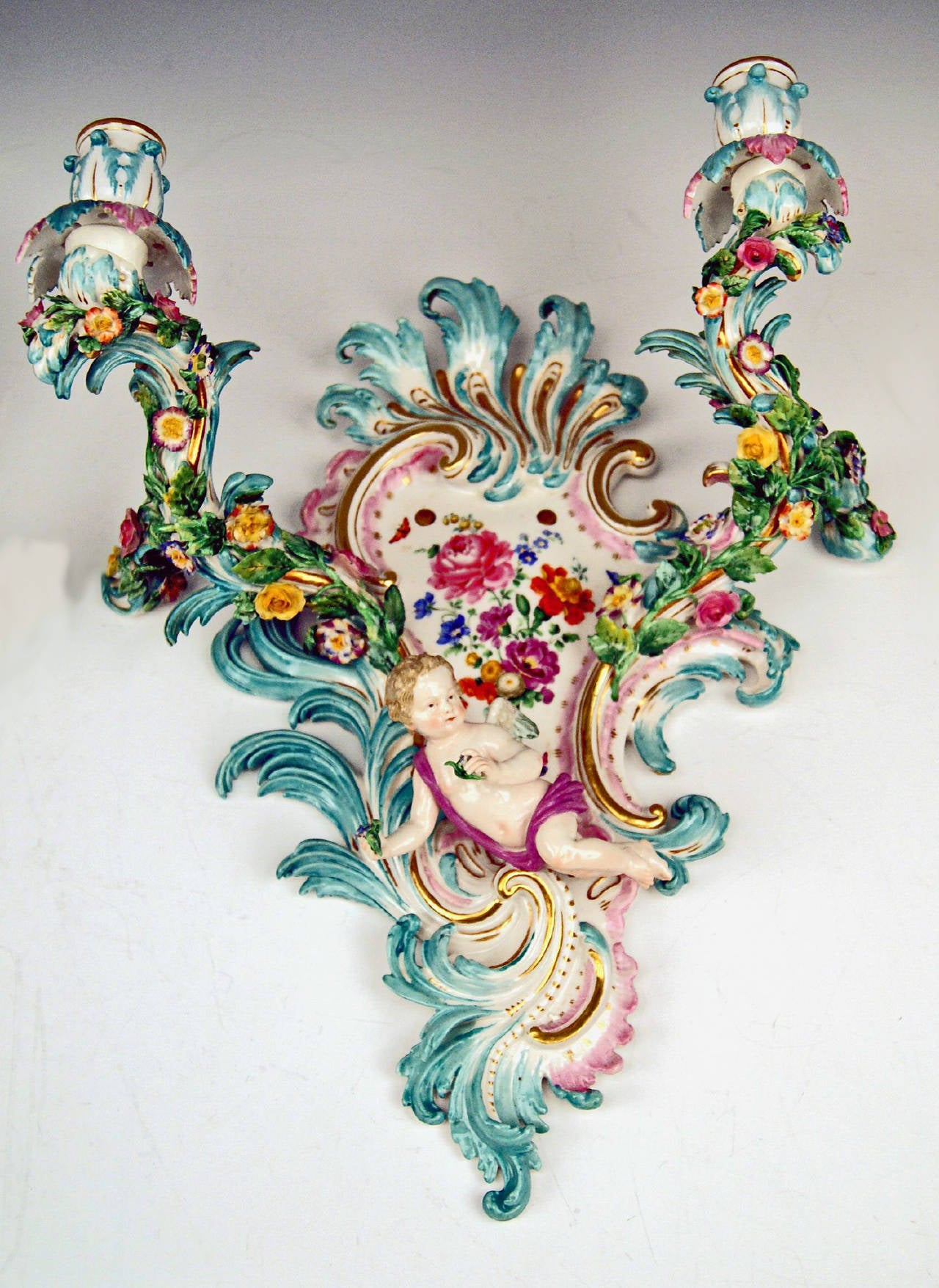 19th Century Meissen Pair of Sconces Flowers and Cherubs Vintage Made, circa 1860-1870 For Sale