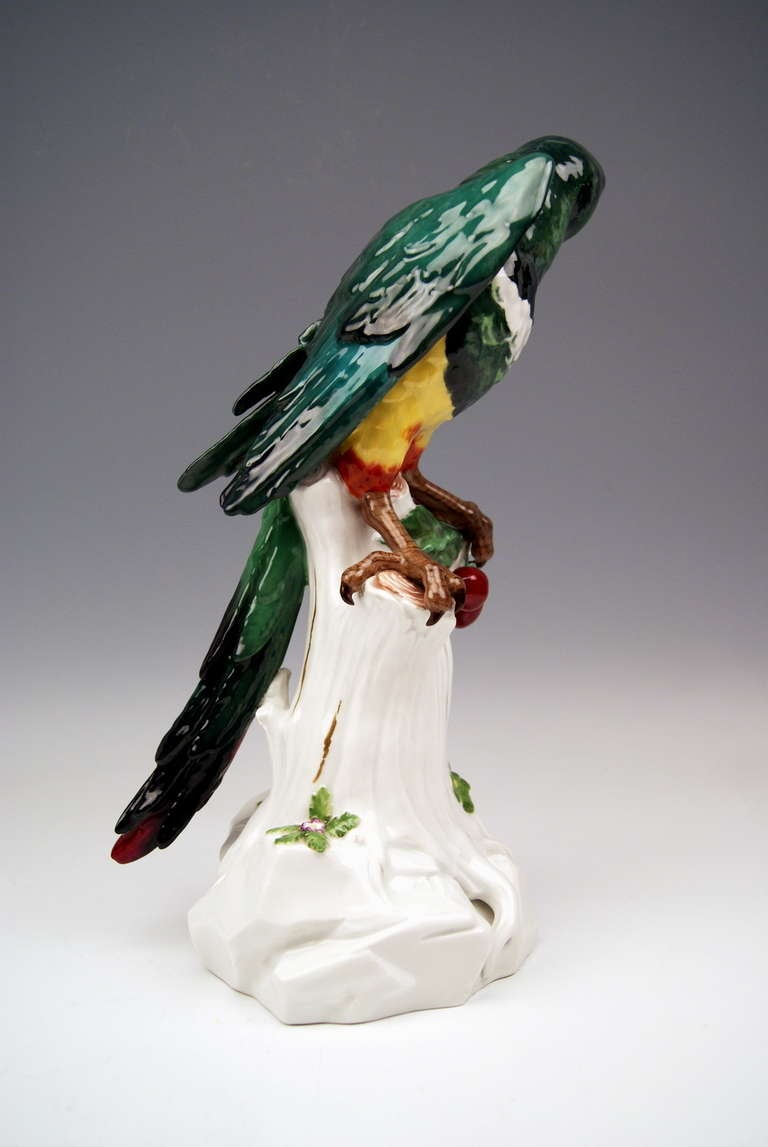 Meissen Animal Figurine Parrot Macaw 19th Century, Kaendler In Excellent Condition For Sale In Vienna, AT