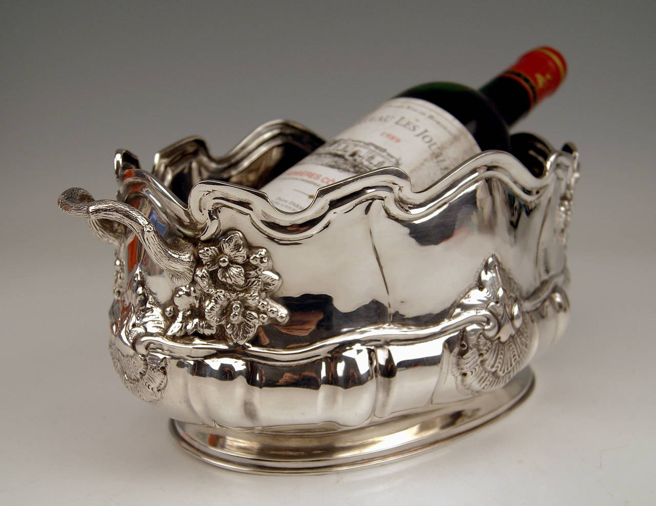 Early 20th Century Silver Swiss Wine Cooler Bottle Holder made in Geneva, Switzerland, circa 1900 For Sale