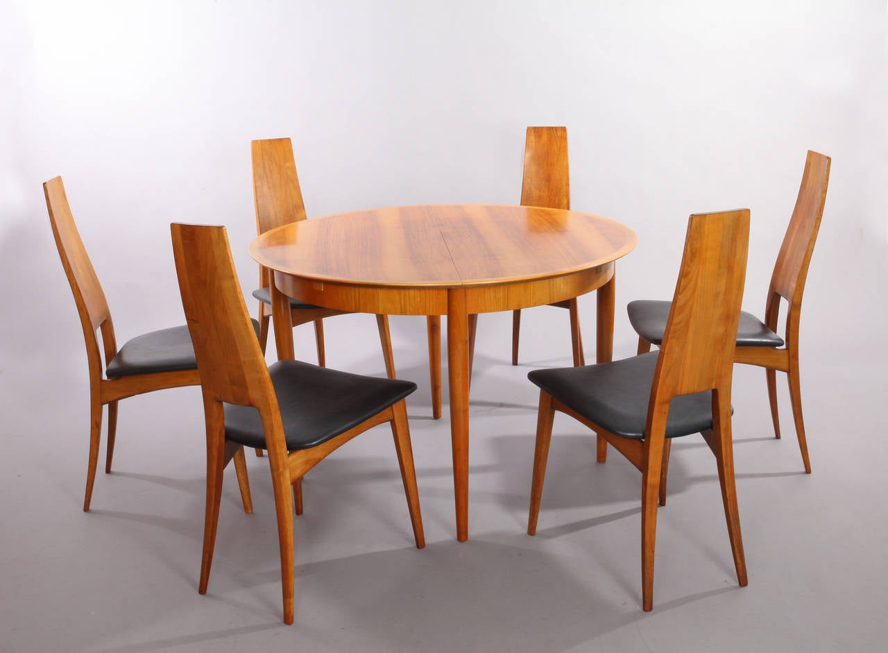 Extendable Dining Table With Six Chairs, Solid Cherry, Production Lübke For  Sale 1