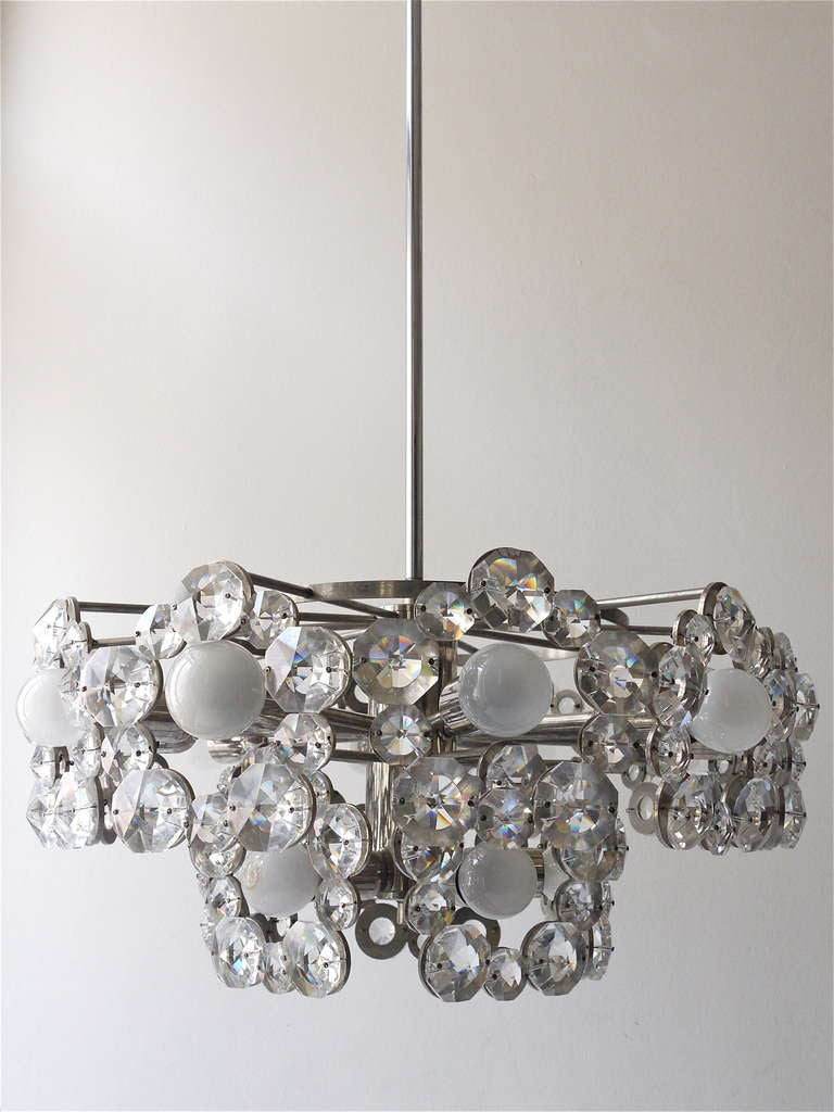 Lobmeyr Austria Chandelier with Big Faceted Crystals from the 1960s For Sale 1