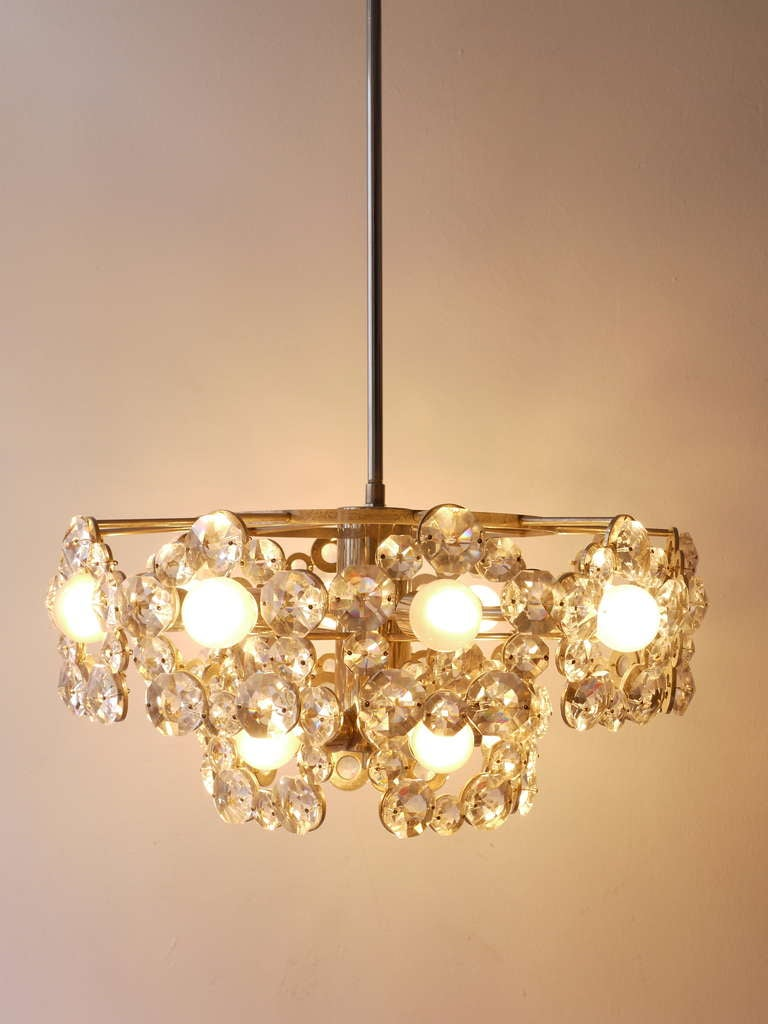 Lobmeyr Austria Chandelier with Big Faceted Crystals from the 1960s For Sale 3