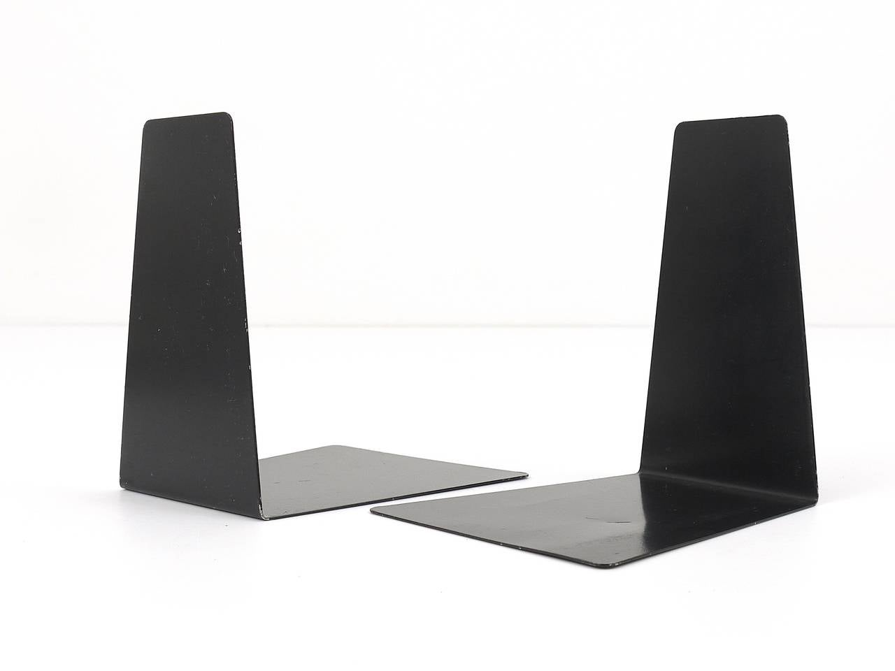 Mid-20th Century Bauhaus Black Metal Bookends by Marianne Brandt, 1930s for Ruppel, Germany For Sale