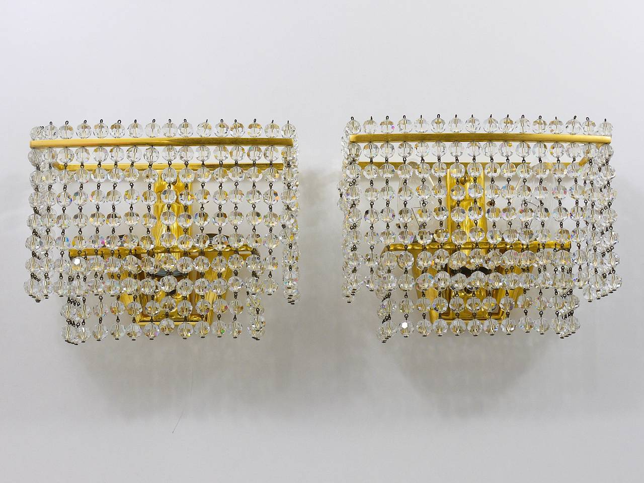 Mid-Century Modern Pair of Lobmeyr Square Gold-Plated Brass Sconces with Hand-Cut Crystals, 1970s  For Sale