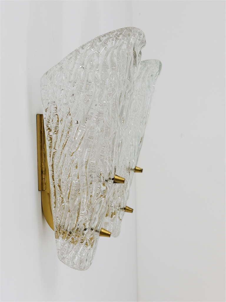 Mid-Century Modern Pair of Kalmar Mid-Century Brass Glass Sconces Wall Lamps, Austria, 1950s For Sale