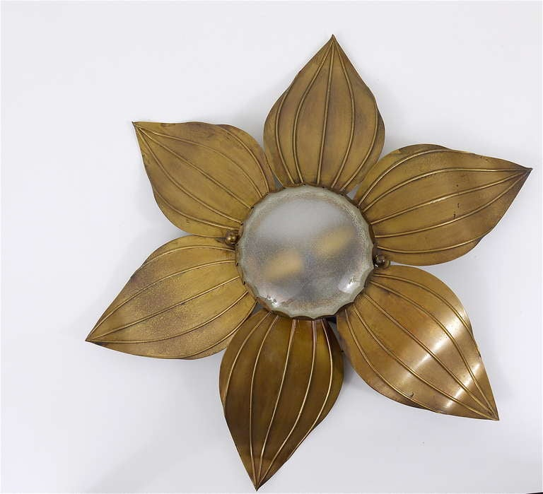 Pair of French Floral Leaves Brass Sconces Sunburst Flower Leaf Wall Lamps, 1950 For Sale 1