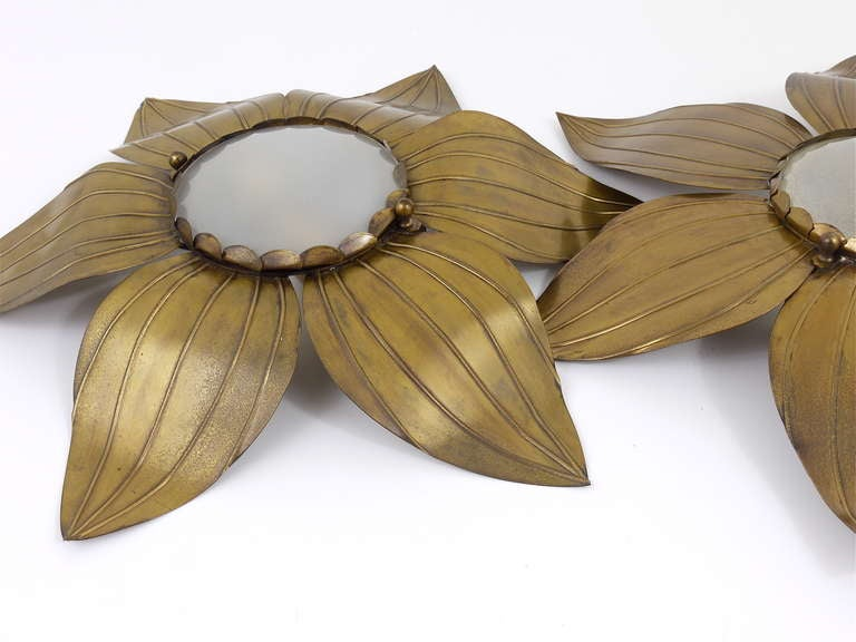 Pair of French Floral Leaves Brass Sconces Sunburst Flower Leaf Wall Lamps, 1950 For Sale 3
