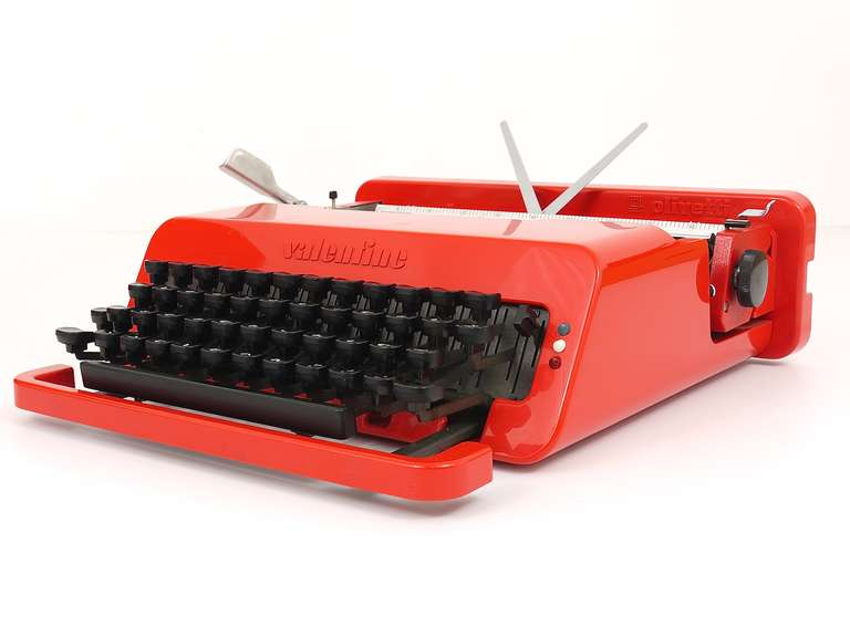 Valentine Typewriter by Ettore Sottsass & Perry A. King for Olivetti 1969 In Excellent Condition For Sale In Vienna, AT