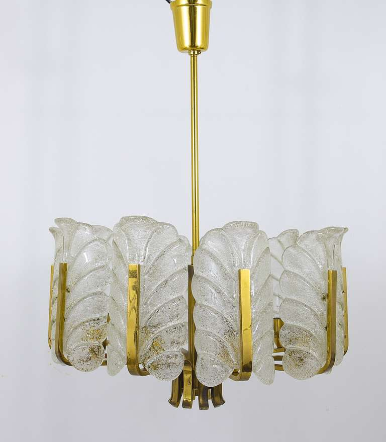 Carl Fagerlund Mid-Century Glass Leaves Brass Chandelier by Orrefors, 1950s For Sale 2