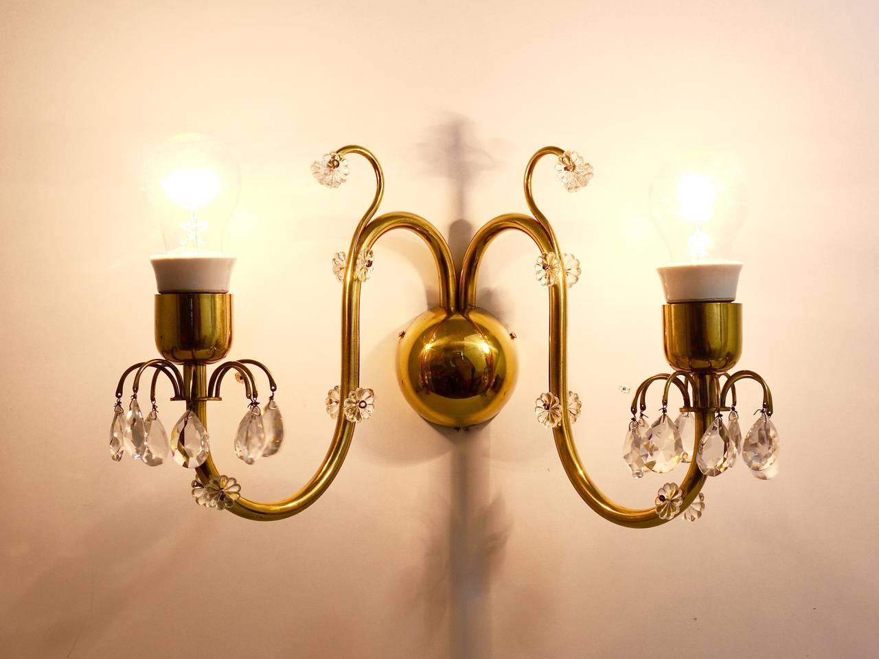 Beautiful Huge Lobmeyr Vienna Brass Crystal Sconce Wall Light, Austria, 1950s For Sale 3