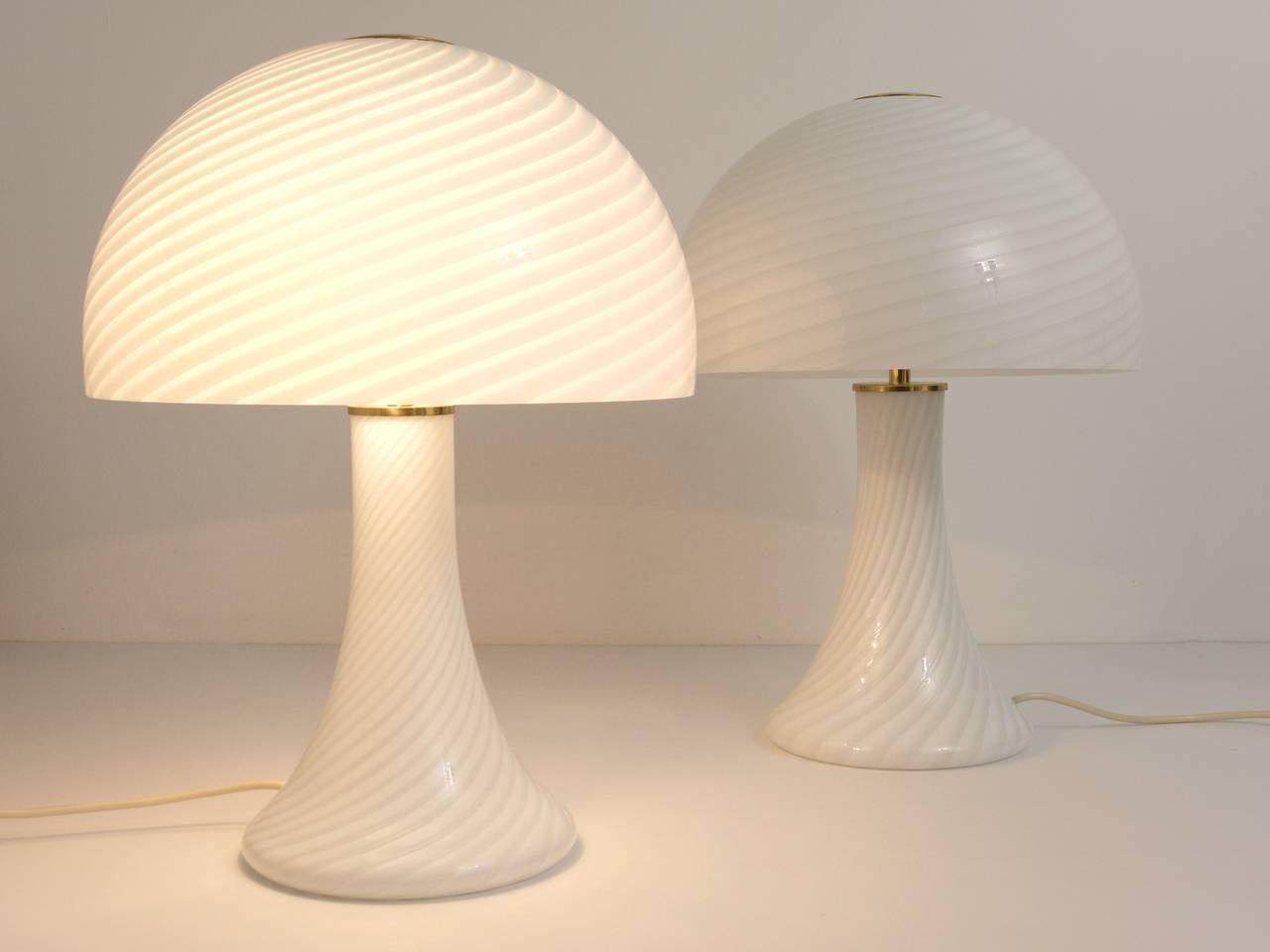 Mid-Century Modern Pair of Kalmar Murano Glass and Brass Mushroom Lamps by Vistosi, 1960s For Sale