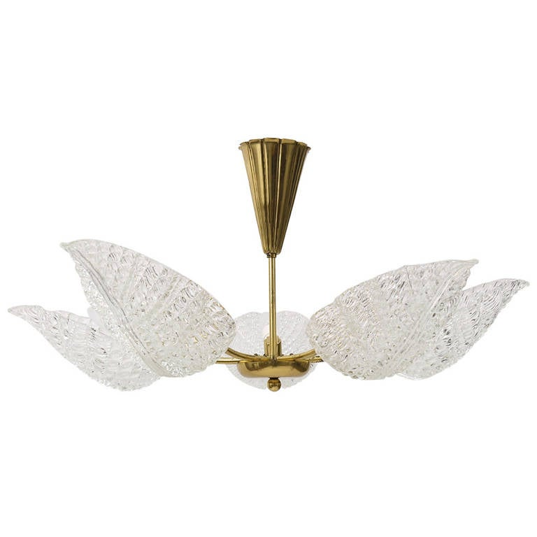 Mid-Century Barovier & Toso Murano Glass Leaves Brass Chandelier, Italy, 1950s