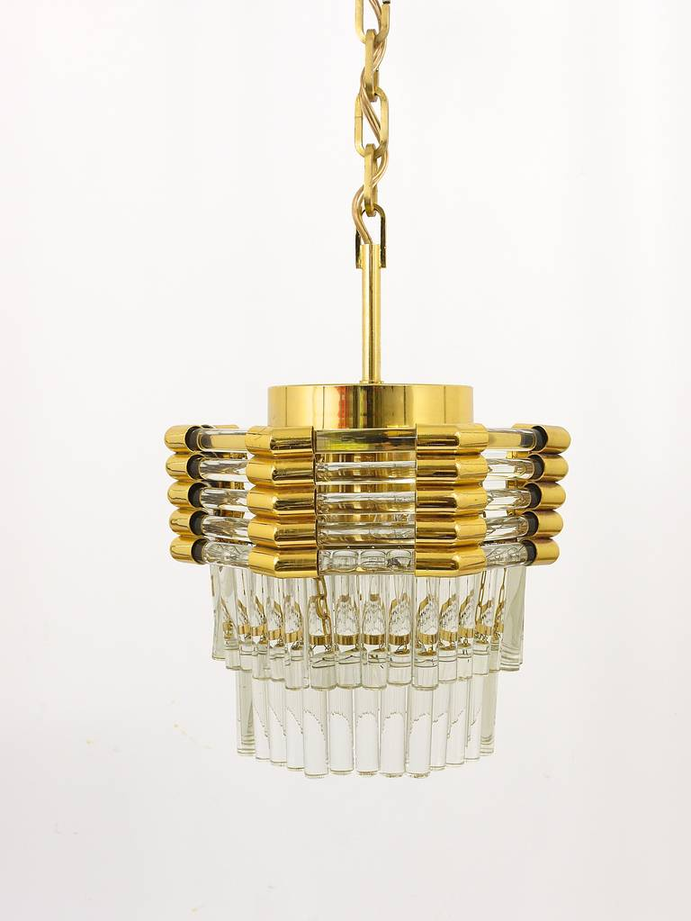 Bakalowits Gold-Plated Brass Chandelier with Crystal Rods, Austria, 1970s In Excellent Condition For Sale In Vienna, AT