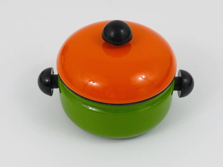 Mid-Century Modern Cook with Carl Auböck Enameled Pot with Lid by Riess, Austria, 1970s For Sale