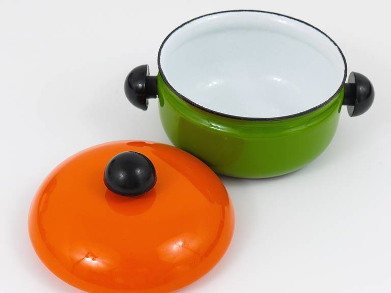 Austrian Cook with Carl Auböck Enameled Pot with Lid by Riess, Austria, 1970s For Sale
