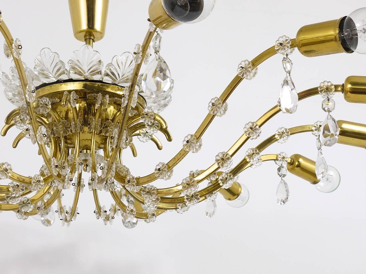Austrian Huge Floral Lobmeyr Mid-Century Brass Crystal Chandelier, 1950s, Austria For Sale