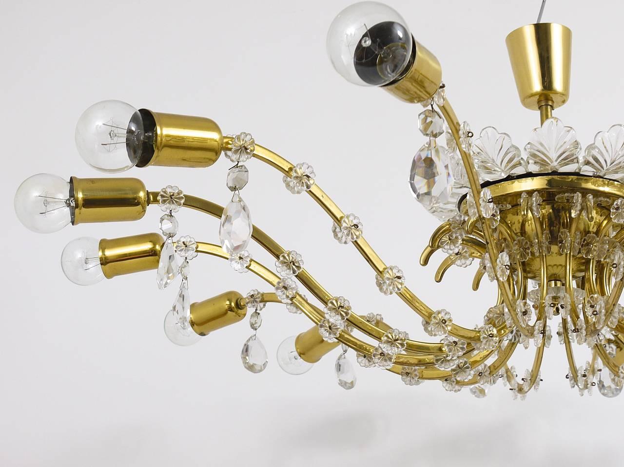 20th Century Huge Floral Lobmeyr Mid-Century Brass Crystal Chandelier, 1950s, Austria For Sale