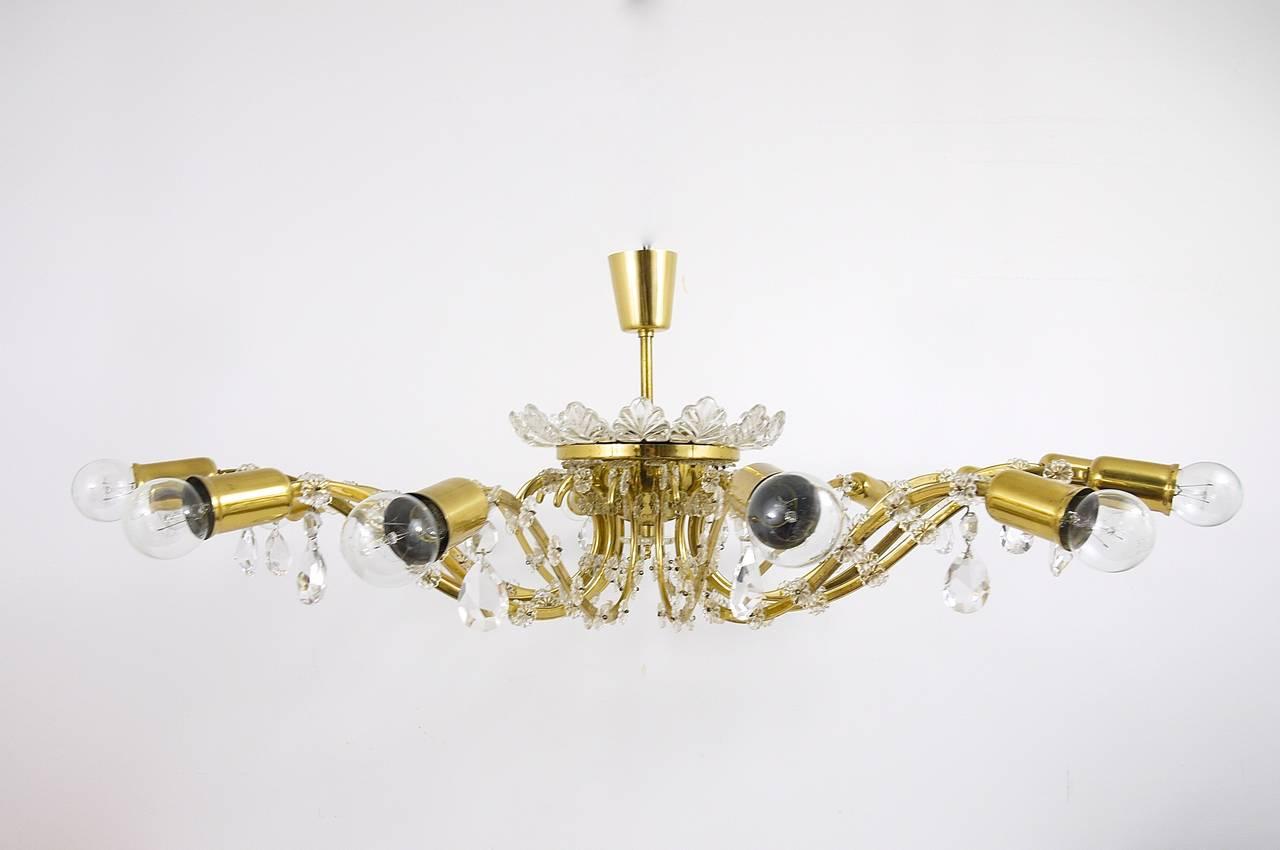 Huge Floral Lobmeyr Mid-Century Brass Crystal Chandelier, 1950s, Austria For Sale 2