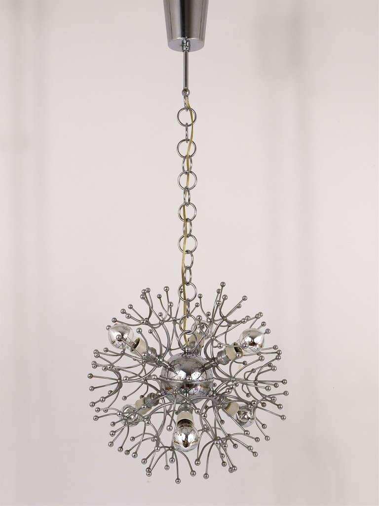 Two Mid-Century Chrome-Plated Sputnik Blowball Chandeliers, Italy, 1960s In Excellent Condition For Sale In Vienna, AT