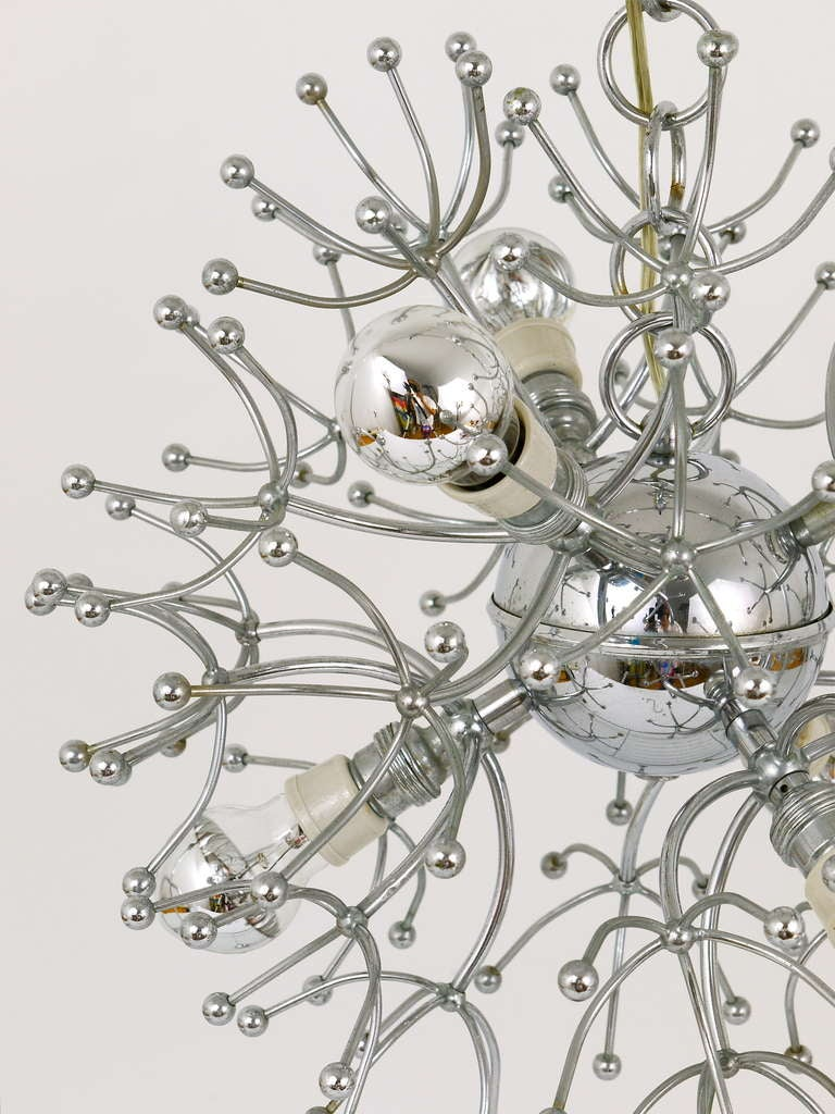 Two Mid-Century Chrome-Plated Sputnik Blowball Chandeliers, Italy, 1960s For Sale 1