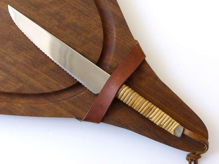 Carl Aubock Big Walnut Cutting Board with Amboss Knife With Wickerwork Handle 1