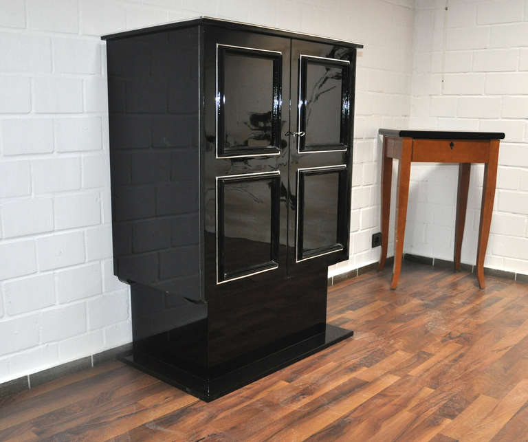 Mid-20th Century Petite Art Deco Cabinet/Bar with High Gloss Black Finish For Sale