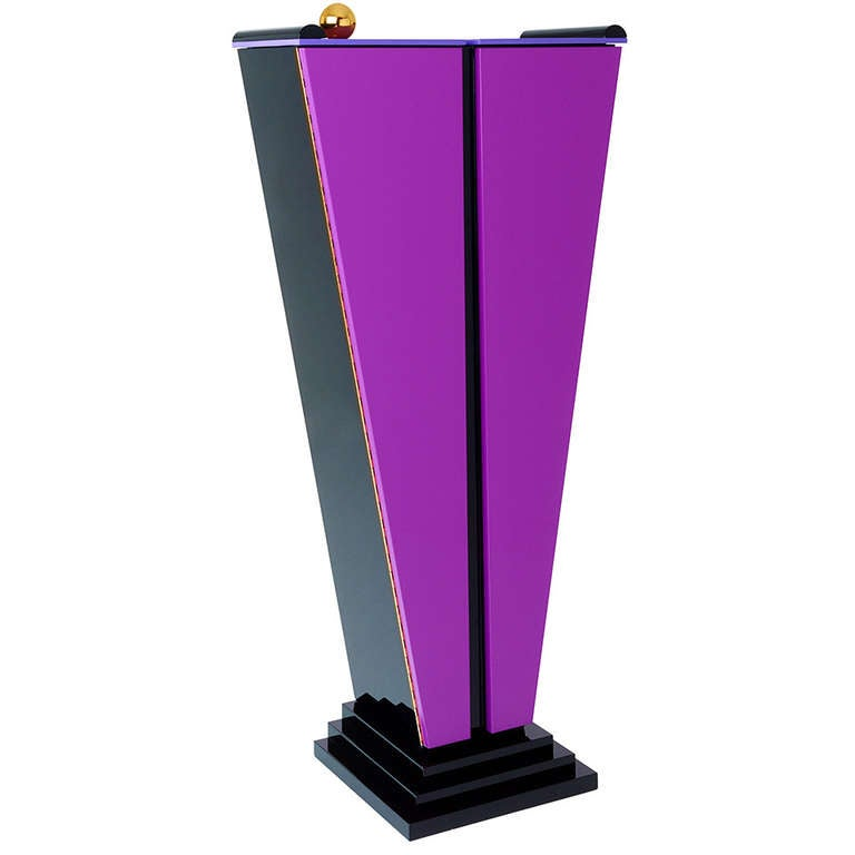 Design Tulipe Cabinet by Margarethe Schreinemakers - Limited