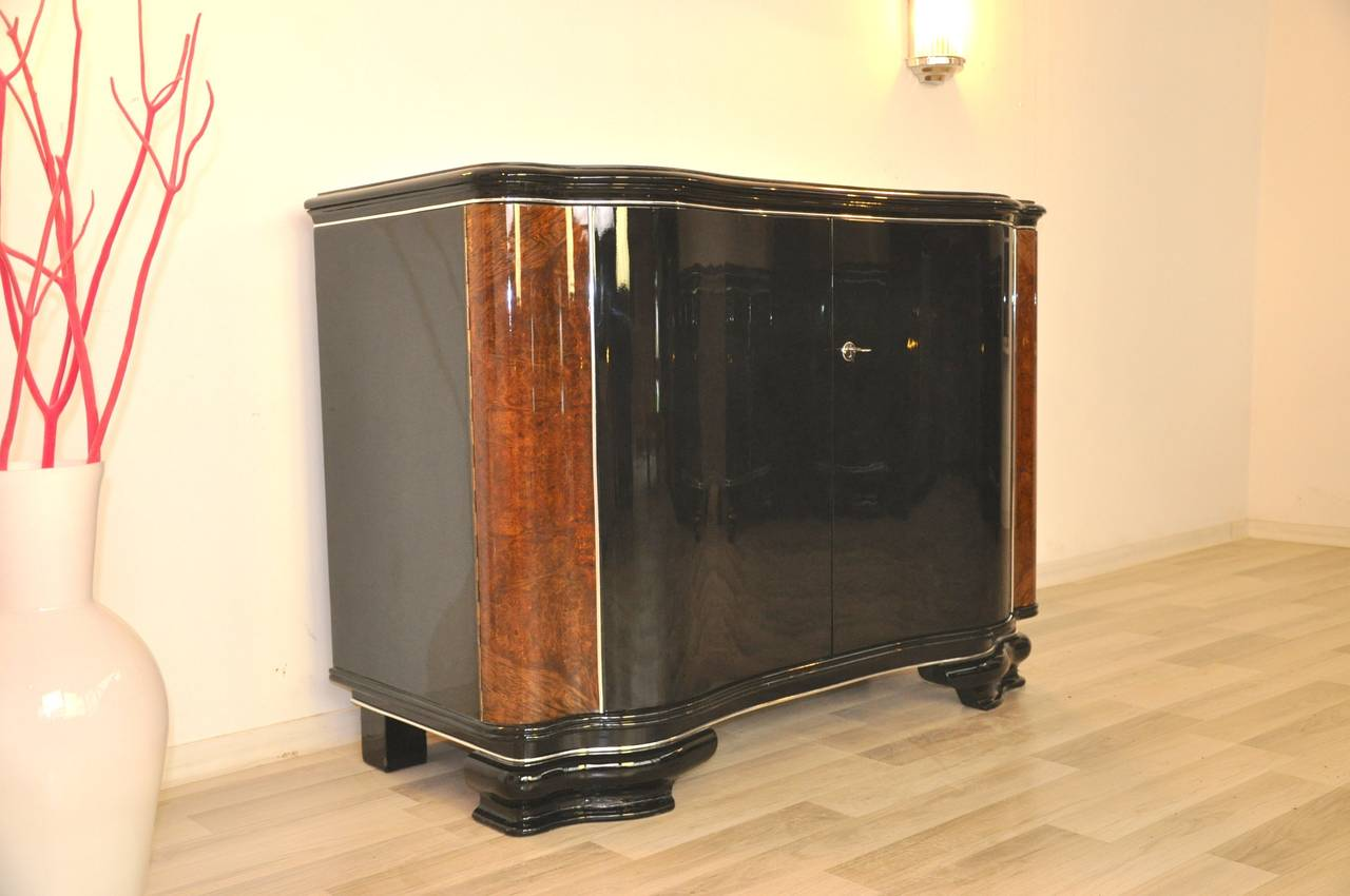Art deco commode with caucasian walnut at 1stdibs for Commode miroir art deco