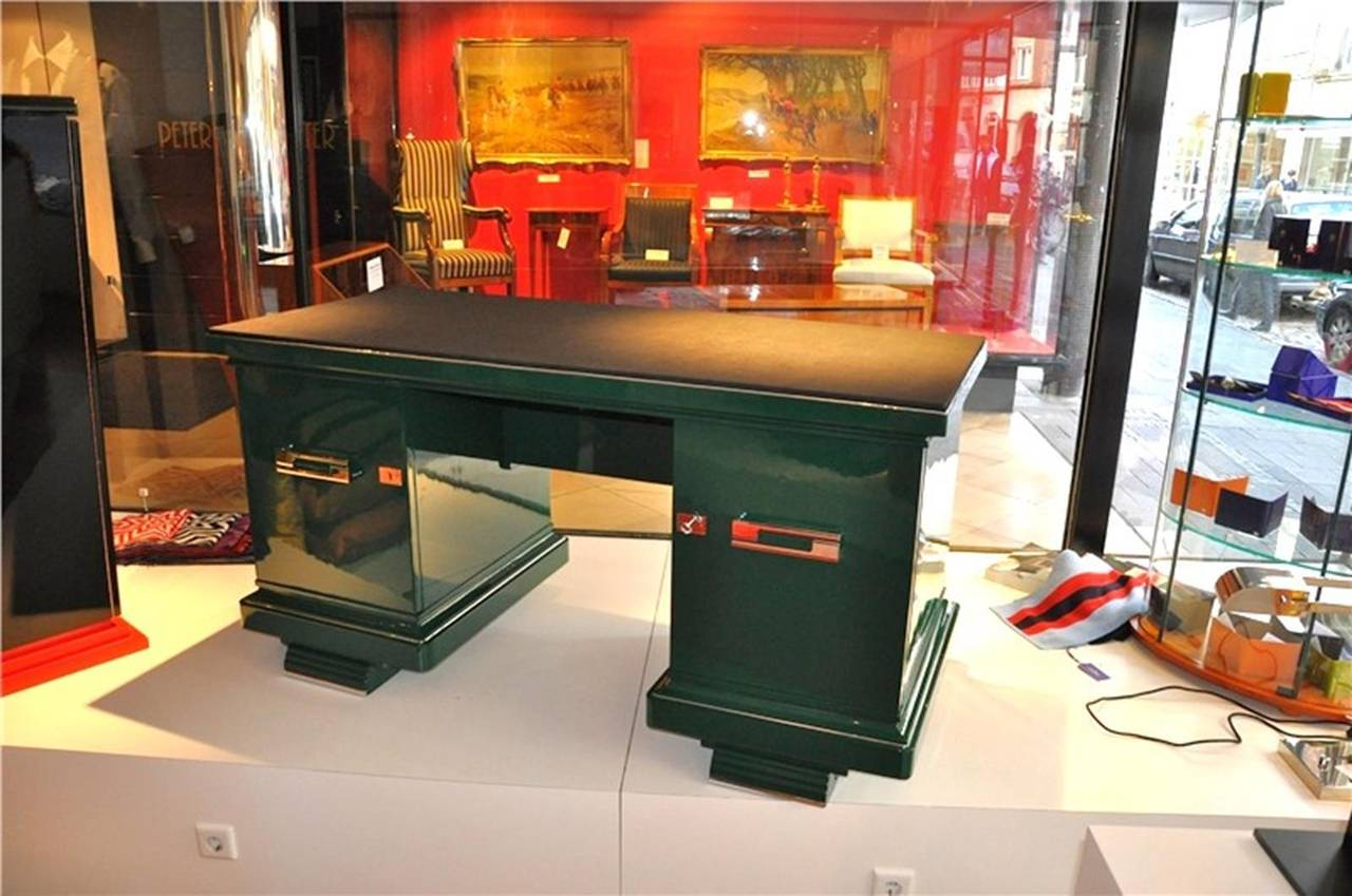 Art Deco Desk in Jaguar Racing Green at 1stdibs