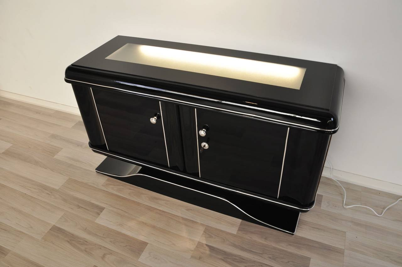 Black art deco commode with illumination at 1stdibs for Commode miroir art deco