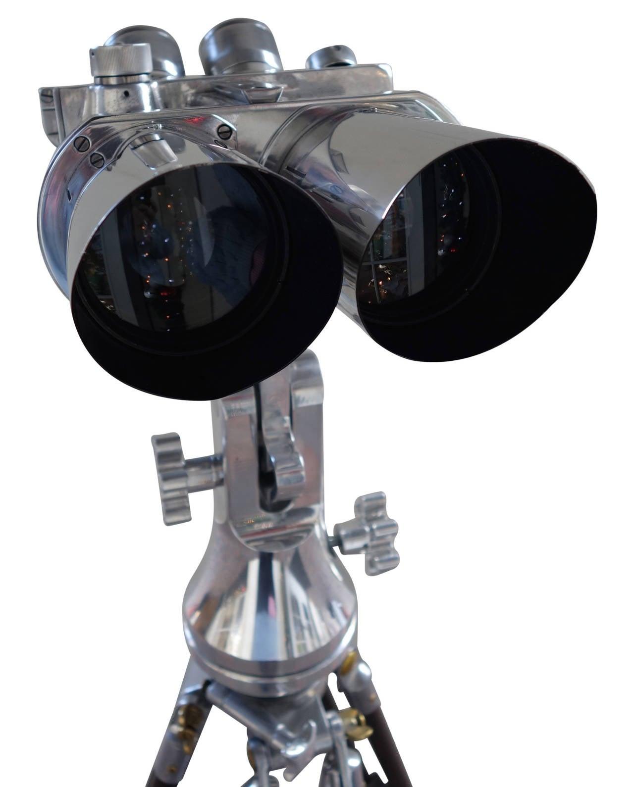 Ww2 Field Binoculars Field Binoculars on Stand