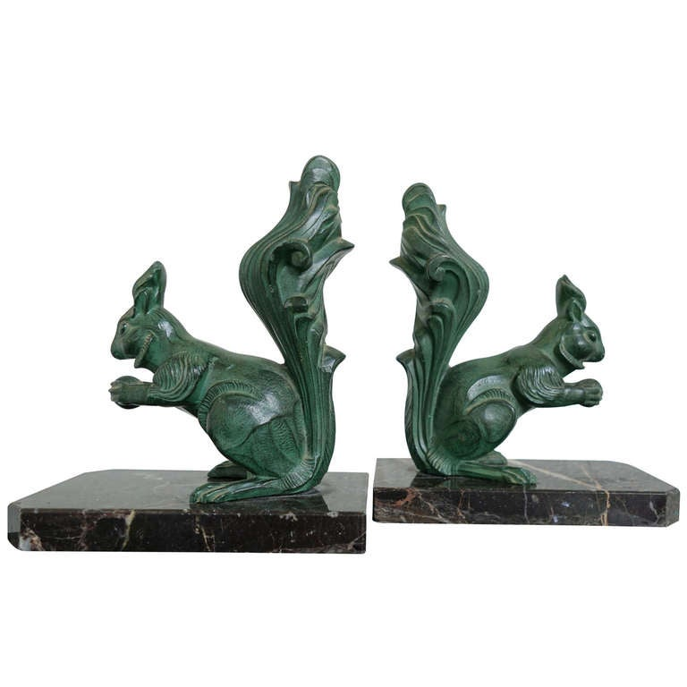 Great Pair of Art Deco Squirrel Bookends, French, 1930s For Sale