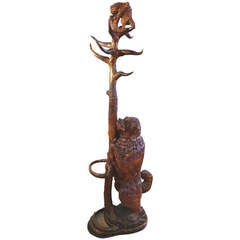 Rare 19th Century Black Forest Hall Tree With Dog and Cat