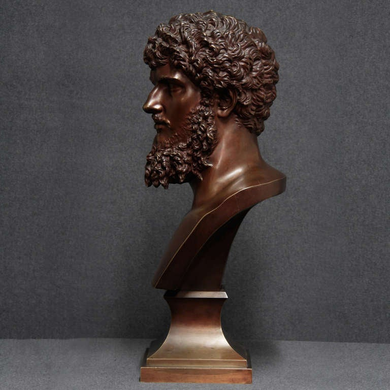 19th Century French Bronze Bust In Excellent Condition For Sale In Esbeek, NL