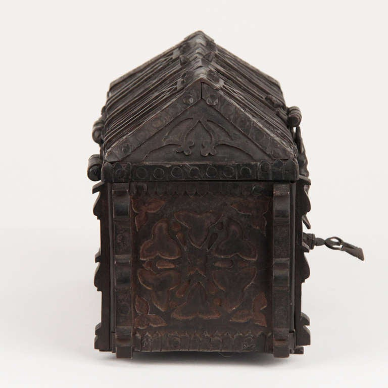 19th Century French Gothic Revival Wrought Iron Casket circa 1850 For Sale