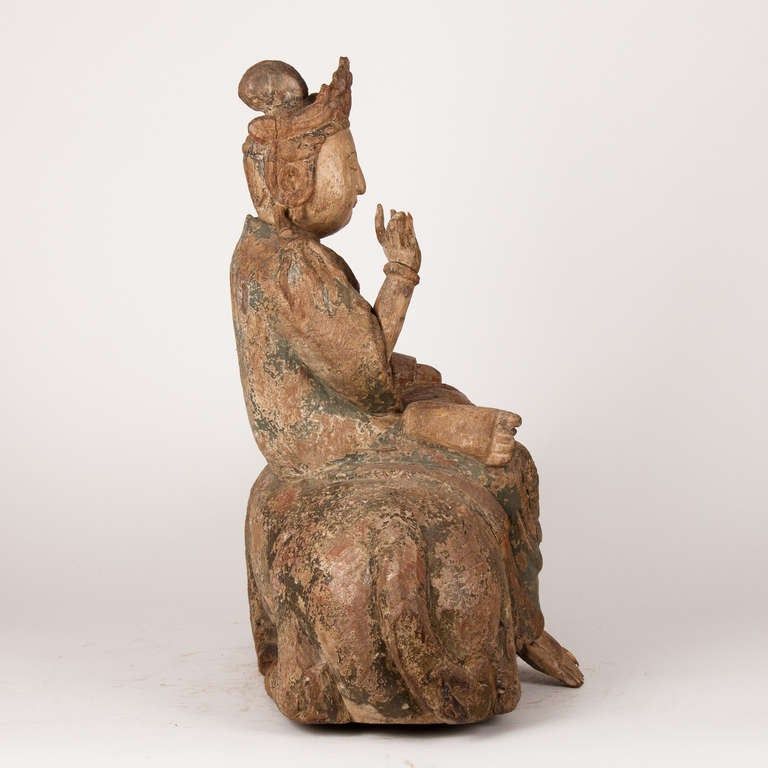 18th Century Wooden Seated Buddha, China In Good Condition For Sale In Esbeek, NL