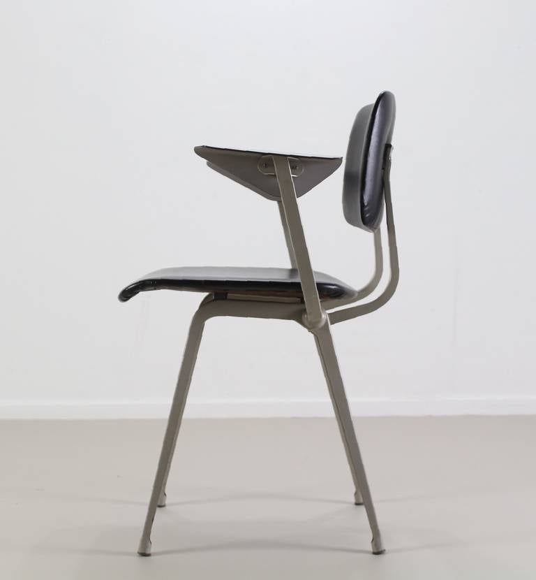 Famous conference chair by friso kramer at 1stdibs for Famous chairs