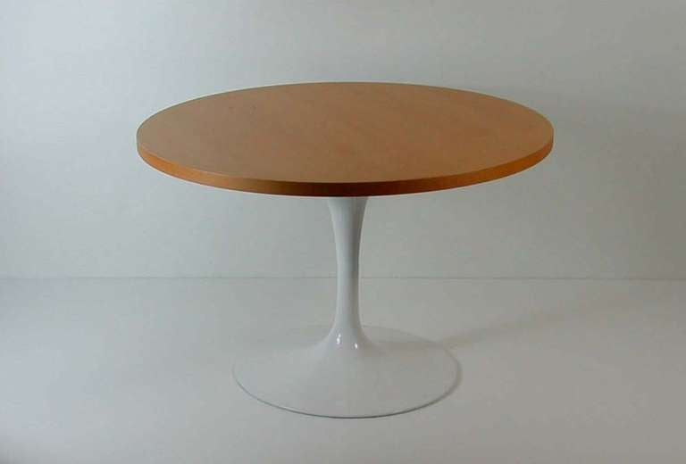 Saarinen Tulip Coffee Table Coffee Table Tulip Base