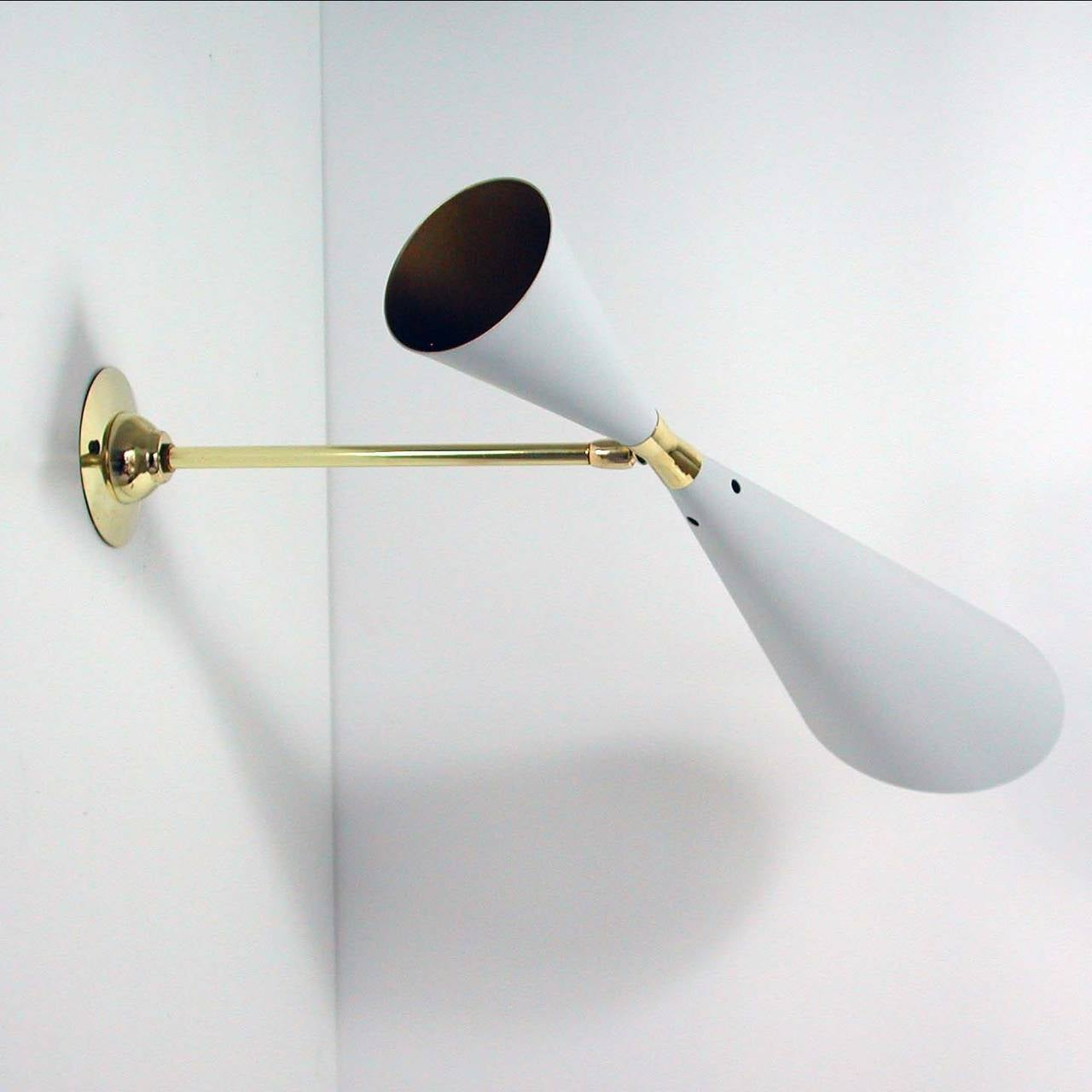 Lacquered Mid-Century French 1950s Diabolo Wall Light Sconce from the Guariche Lunel Era For Sale